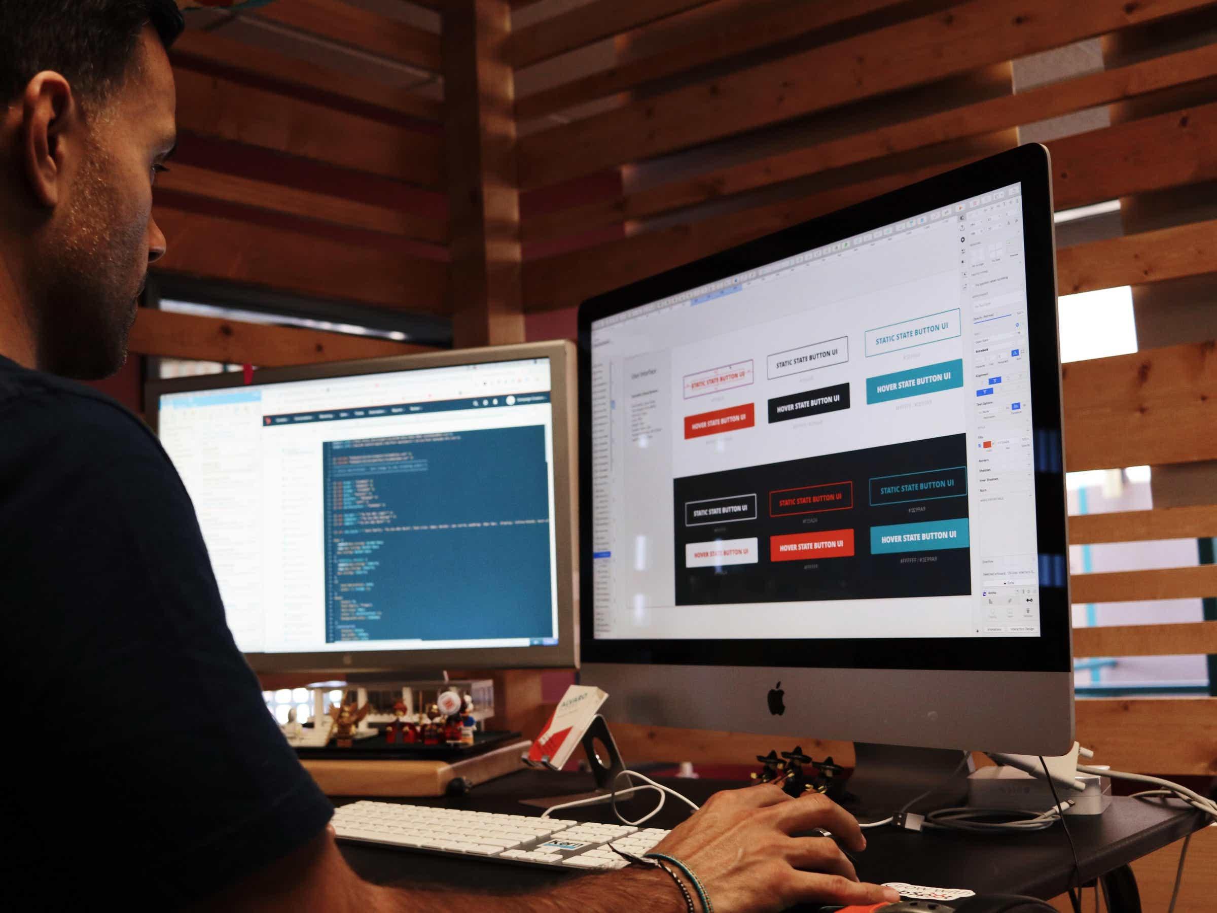 Benefits to reap after hiring a web designer